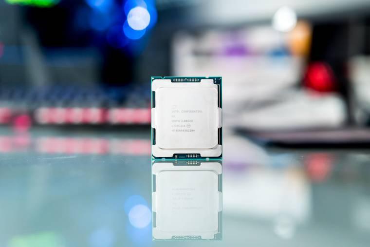 Radium Friss: Az Intel az eddigi legcombosabb kilencedik generációs processzorokkal készül?